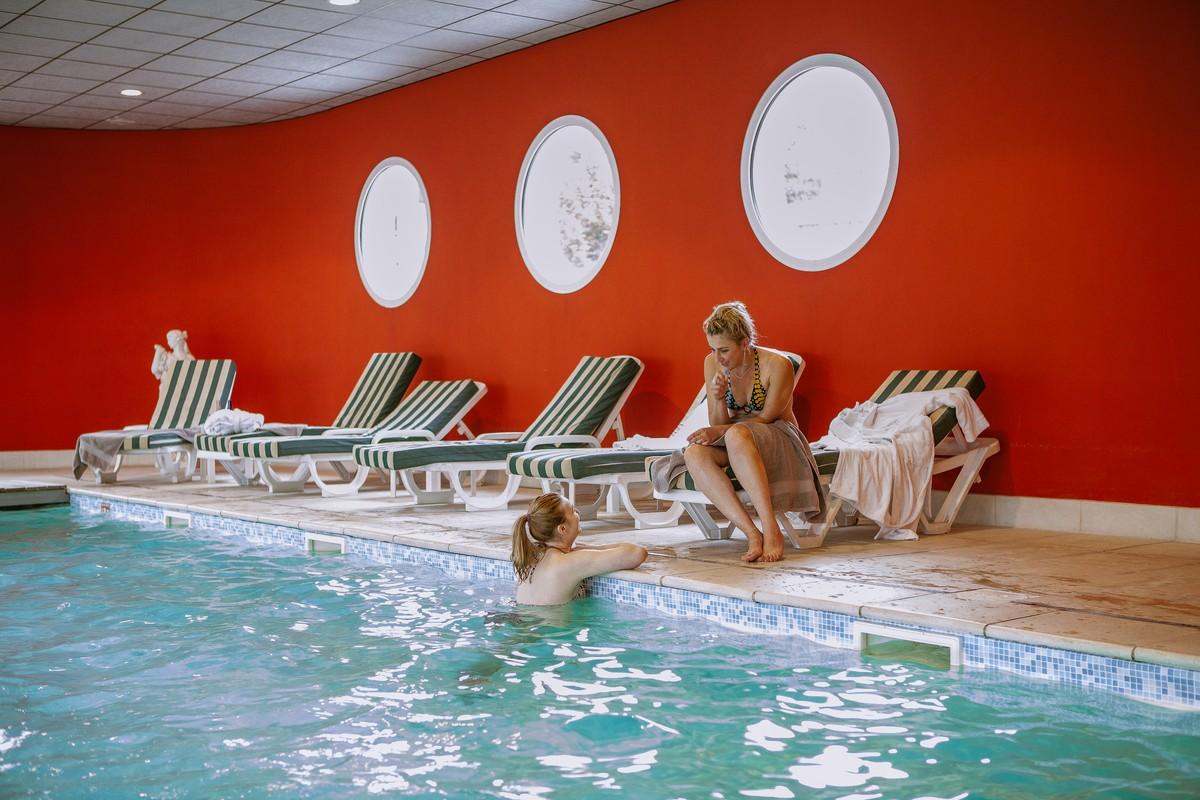 H tel spa lorraine spa piscine yoga la d tente et le for Piscine lorraine